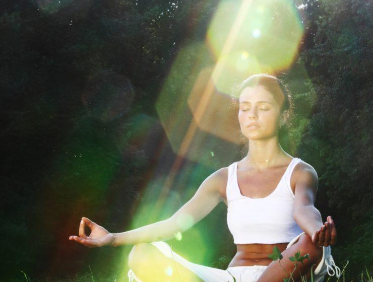 Beneficii ale practicii Yoga - revista travelandbeauty.ro