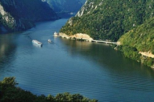 Egreta - satul plutitor din Clisura Dunării - travelandbeauty.ro