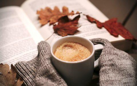 Cum să petreci o iarnă Hygge - travelandbeauty.ro