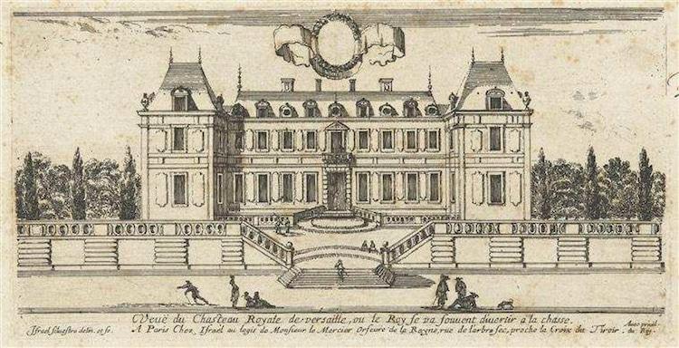 În 1631, Ludovic al XIII-lea a decis să reconstruiască loja, transformând într-un mic palat regaliile folosite ca o evadare. În 1682, însă, regele Ludovic al XIV-lea, fiul lui Ludovic al XIII-lea, a mutat aristocrația la Versailles, făcându-l reședință permanentă și stabilind fundația palatului așa cum o știm - travelandbeauty.ro